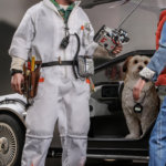 hot toys Doc Brown 13
