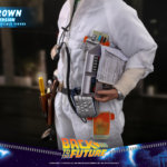 hot toys Doc Brown 15