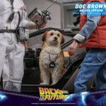 hot toys Doc Brown 16