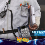 hot toys Doc Brown 17