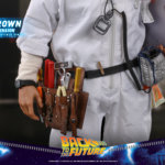 hot toys Doc Brown 18