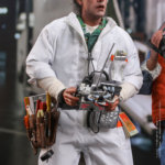 hot toys Doc Brown 4