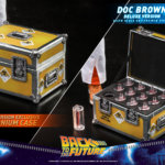 hot toys Doc Brown 7
